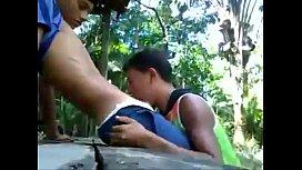 fodendo na selva com amigo