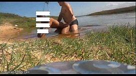 Gay amador fudendo gostoso na praia