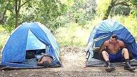 Videos gay com historia no acampamento brasileiro